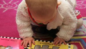 0歳児〜1歳児向け絵本の選び方とおすすめ絵本