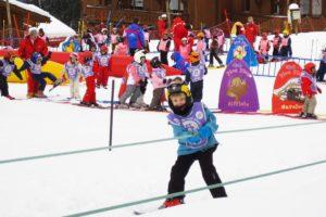 子供のスキー教室