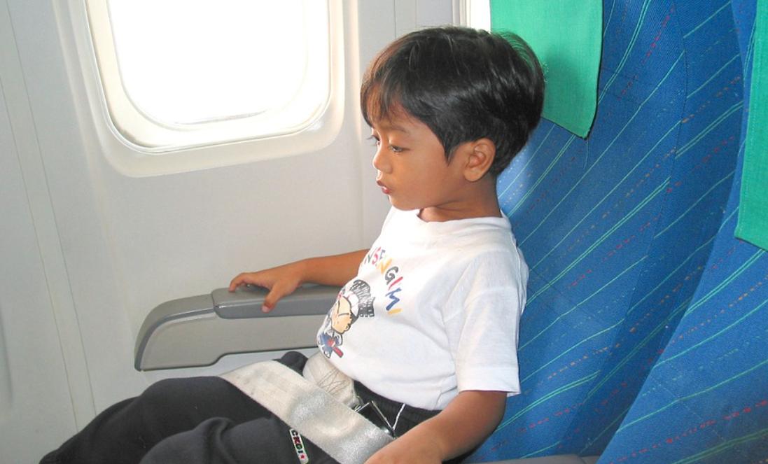 【子連れ国際線】幼児におすすめの座席の選び方! 気を使わない座席選びと乗り方のコツ
